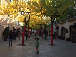 extraño Oh capítulo  La Roca Village Outlets | Where In The World is Penny K