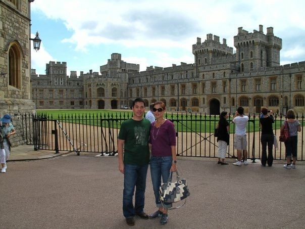 Built high above the River Thames, Windsor Castle has been home to the Royal Family for 900 years and is still an Official Residence of the Queen.