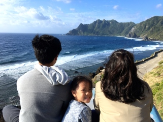 The little one was so brave to stay with us on top of the jeep. Here we were on a narrow road - right by the steep cliff overlooking the rocky shoreline. A small pothole could have tilted Joaquin and Anton over.