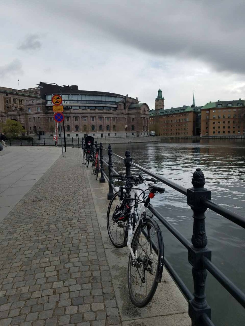 Made our way to Kungstradgarden - Shopping District. One of Stockholm's favorite areas.
