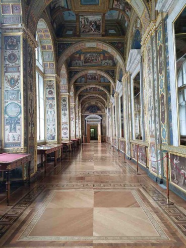 The Hallway of Frescoes reminds me of the loggia at the Vatican Museum.