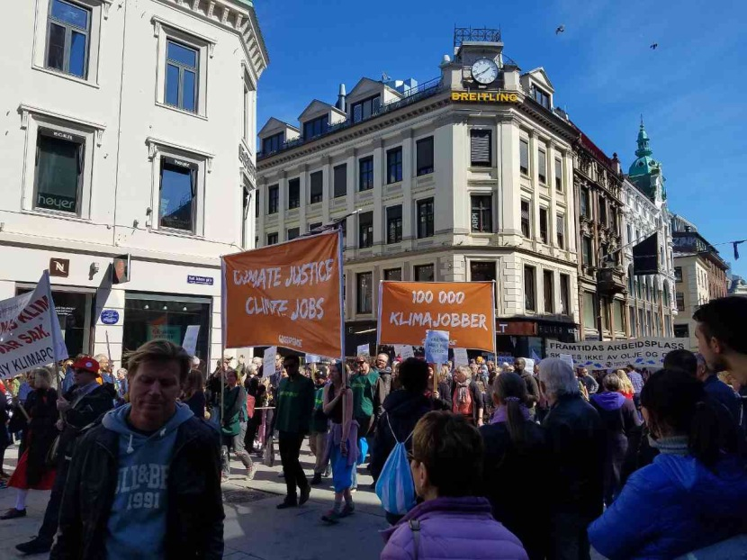 We arrived in Oslo on Labor Day. Caught the Parade along Karl Johan's Gate representing different Industries.