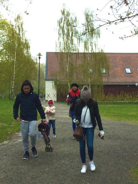 Brisk Walking to Vasa. We were freezing! Back aching cold!