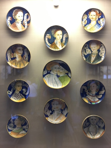 """Portraits of beauties on so-called """"Bella Donna"""" italian majolica pottery."""